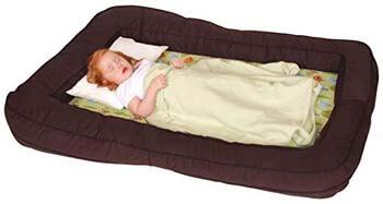 5. Leachco BumpZZZ Travel Bed