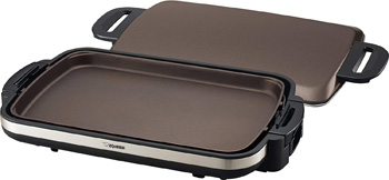 9. Zojirushi EA-DCC10 Gourmet Sizzler Electric Griddle