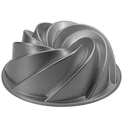 1. Nordic Ware Platinum Collection Heritage Bundt Pan
