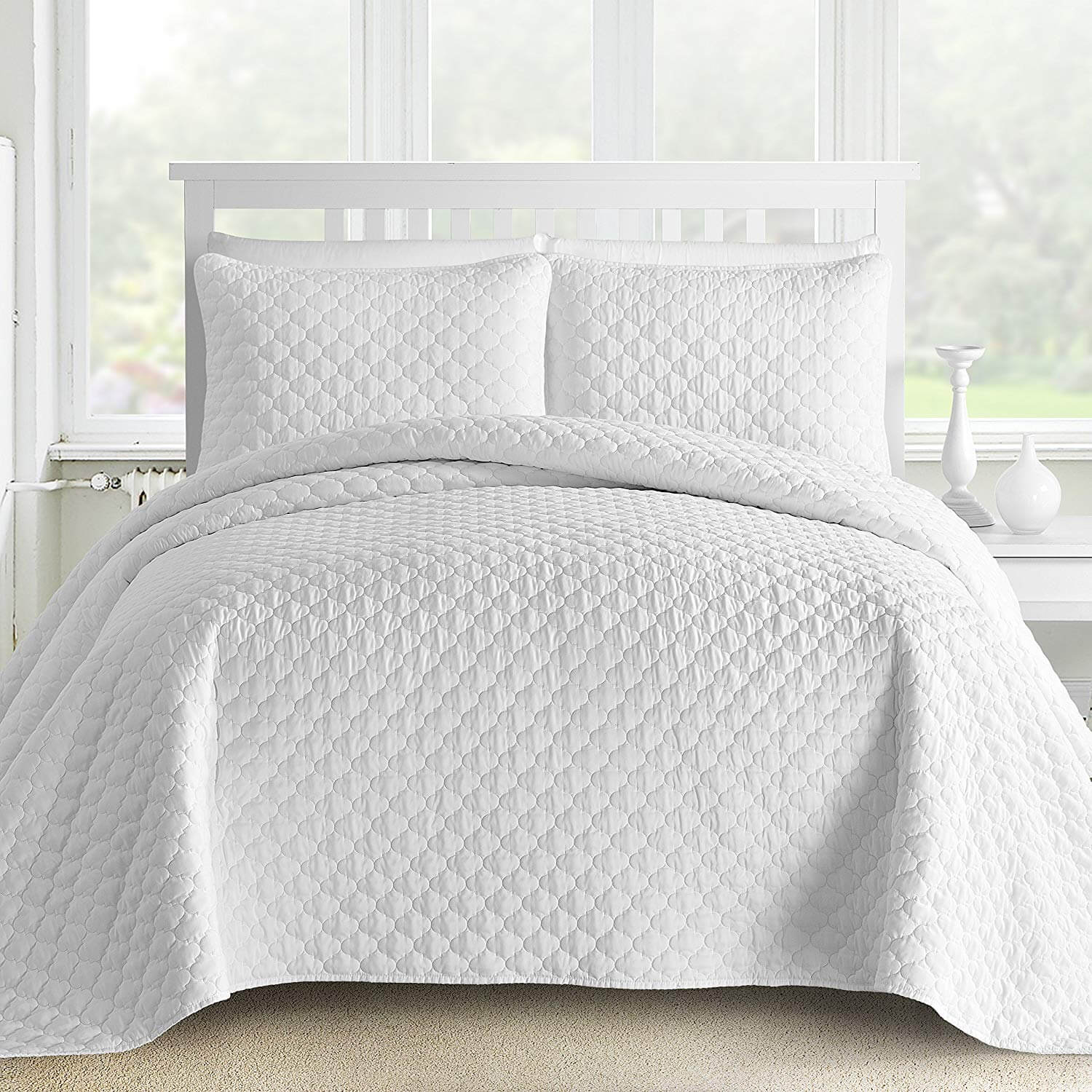 9. 3-Piece Bedspread Coverlet Set Oversized and Prewashed Lantern Ogee